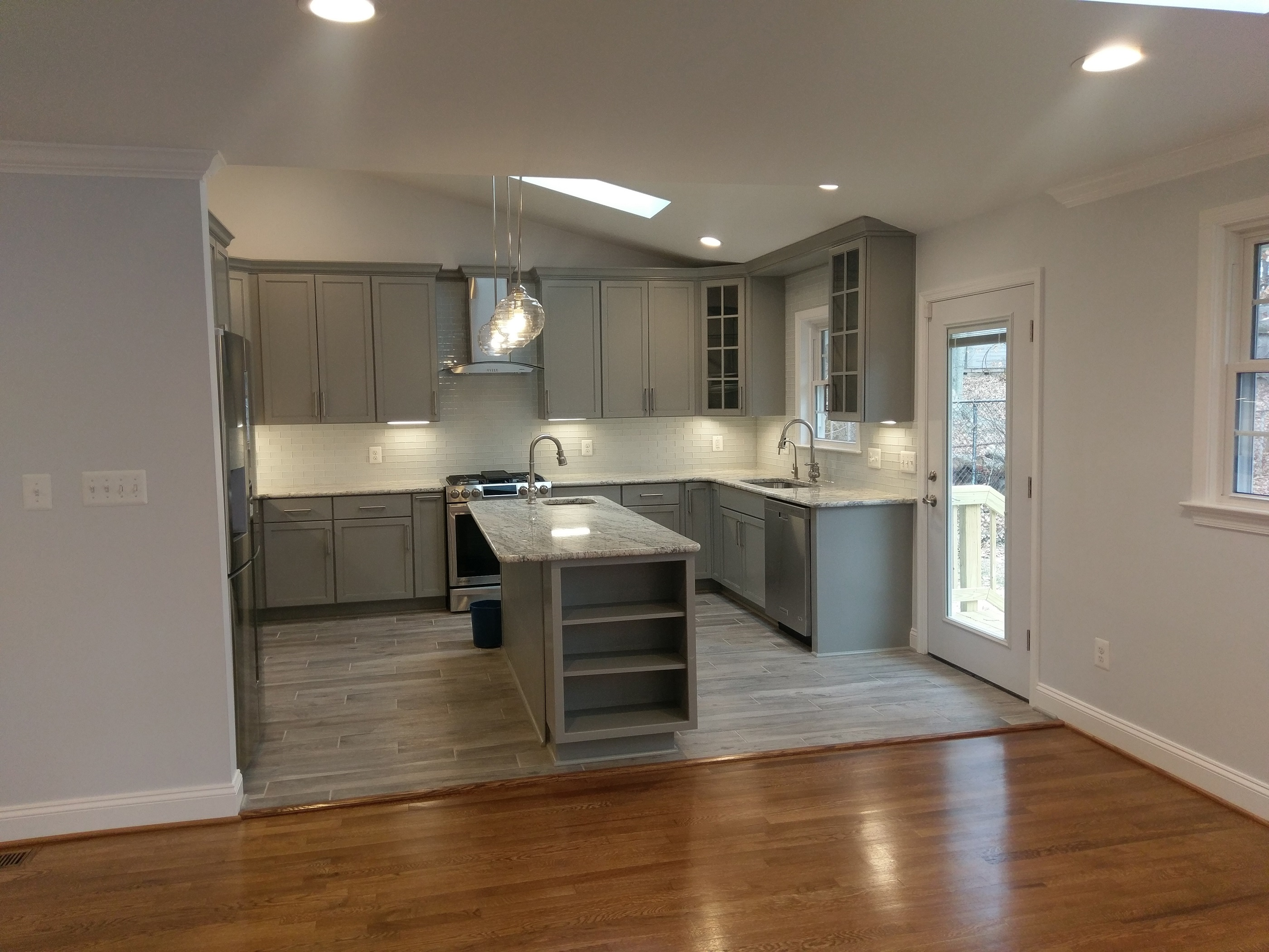 Lorton virginia home remodeling contractor elite for Kitchen and bath contractors